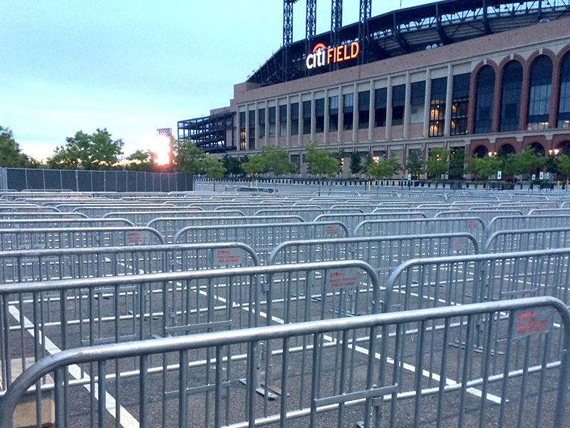 steel barricades for exterior crowd control