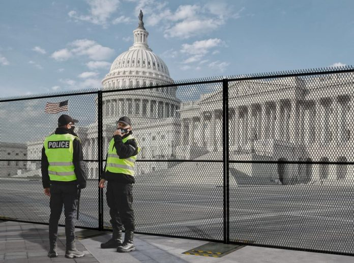 Non-Scalable- Fortress™ Anti-scale Portable Security Fence